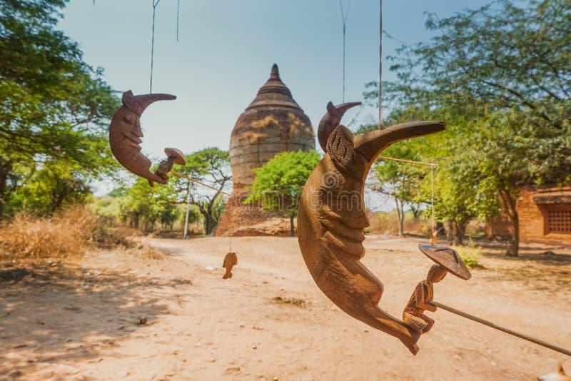 Lunas del juguete en la ciudad de Bagan myanmar fotos de archivo