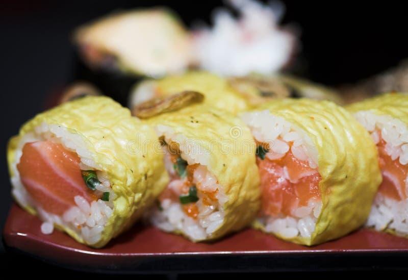 Lunch asortowany suszi, Japoński jedzenie, zakończenie w górę fotografii obrazy royalty free