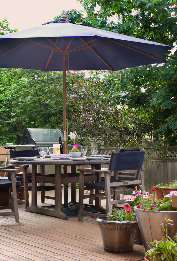 Free Lunch On The Patio Stock Image - 4045201