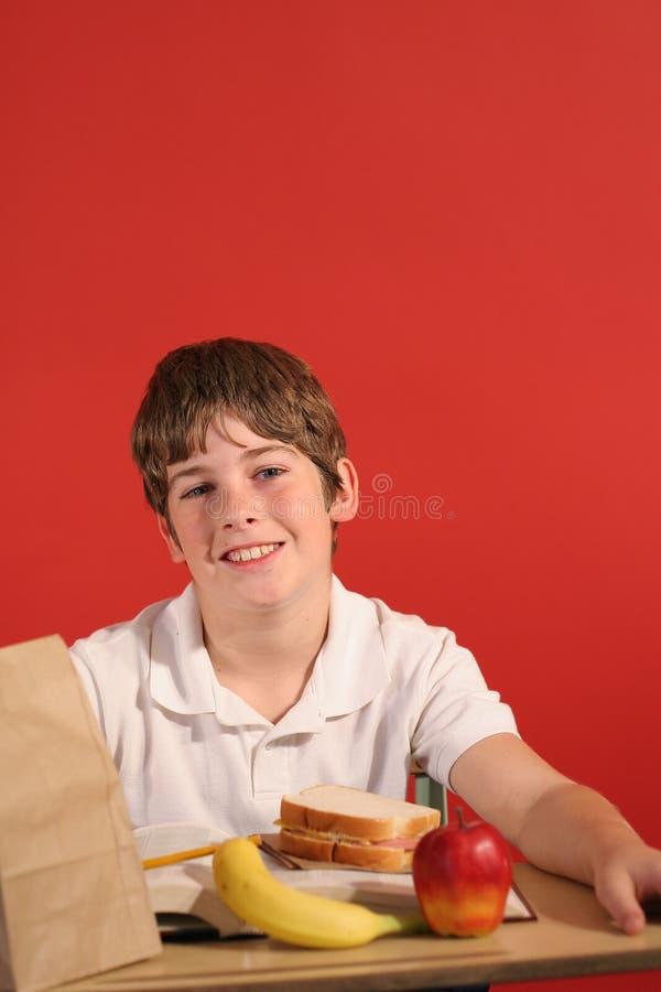 lunchskolavertical arkivfoton