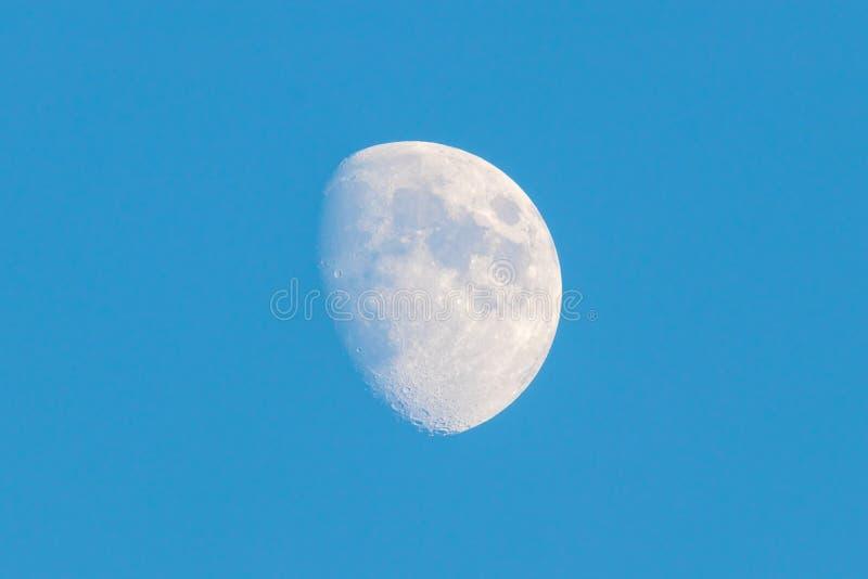Lune du ciel de Paris photo libre de droits