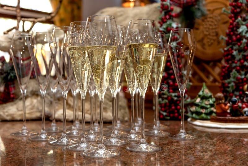 Lunettes de Champagne à Noël photos stock