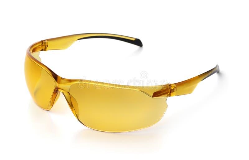 Lunettes de soleil de vélo polarisées jaunes photographie stock libre de droits