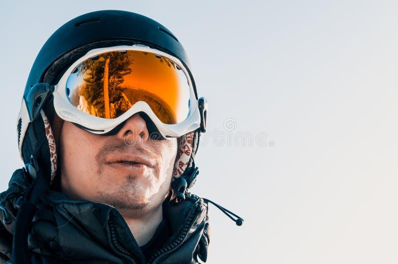Lunettes et surfeur jaunes de ski images libres de droits