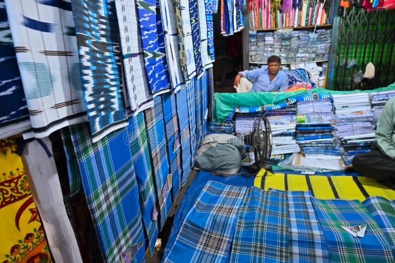 Lungi被卖,加尔各答,印度 库存照片