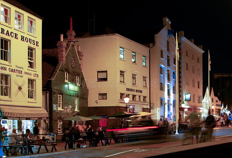 Lungonmare di Poole alla notte fotografia stock libera da diritti
