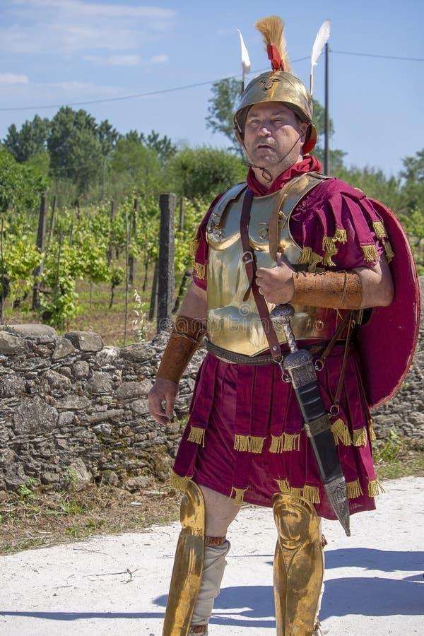 """LUNI, MASSA †de CARRARA, ITÁLIA """"2 DE JUNHO DE 2019: Evento da comunidade, reenactment antigo de Roma perto de Portus Lunae, ge imagens de stock royalty free"""