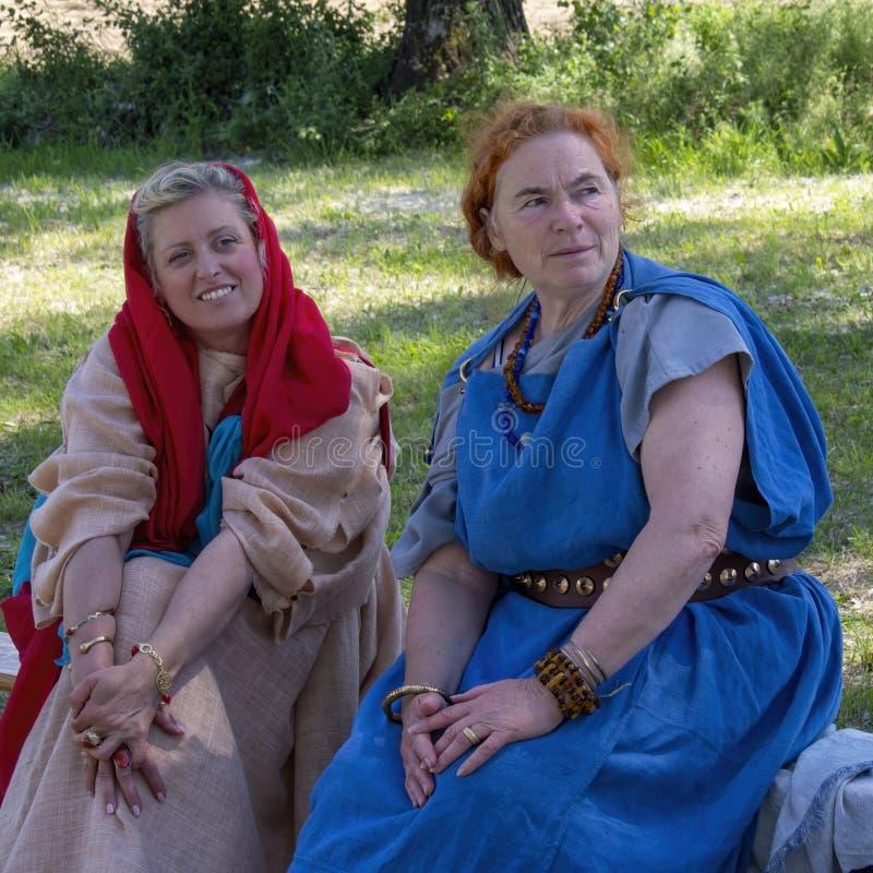 """LUNI, MASSA †de CARRARA, ITÁLIA """"2 DE JUNHO DE 2019: Evento da comunidade, reenactment antigo de Roma perto de Portus Lunae, ge fotografia de stock royalty free"""