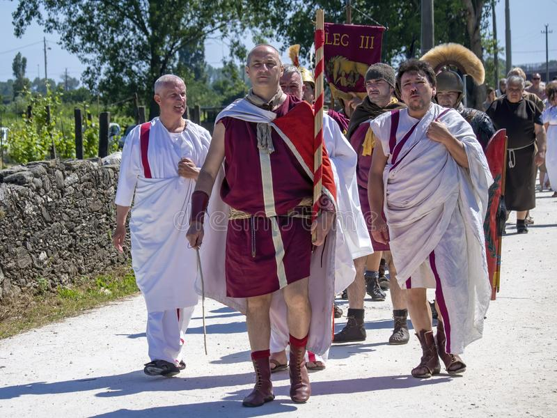 LUNI, MASSA †de CARRARE, ITALIE «LE 2 JUIN 2019 : Événement de la Communauté, reconstitution antique de Rome près de Portus Lu images stock