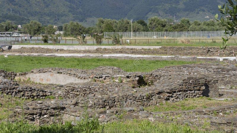 LUNI, MASSA CARRARE, ITALIE – 2 JUIN 2019 : Restes archéologiques des périodes romaines antiques chez Luni Aka Portus Lunae photo libre de droits