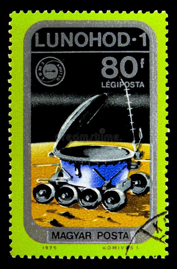 Lunokhod 1 sur la lune, la poste aérienne, le vaisseau spatial et l'Apollo Soyuz Emblem photographie stock libre de droits