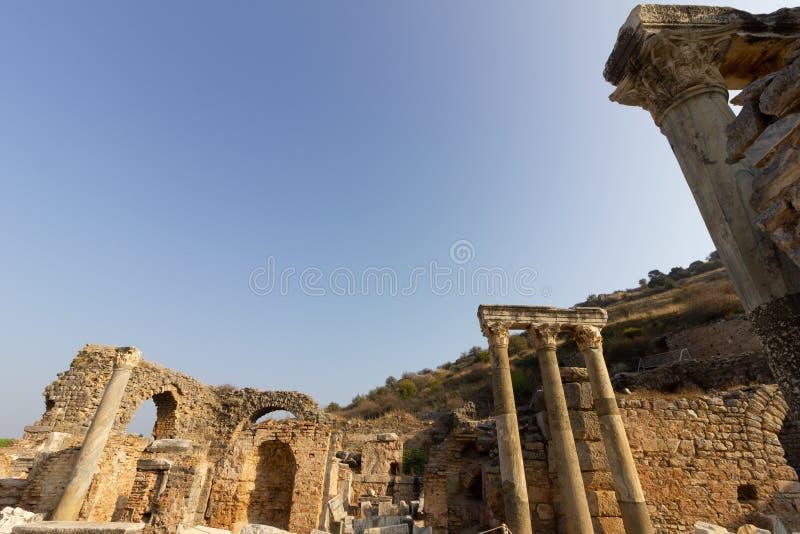 Luoghi pubblici una biblioteca di ephesus del patrimonio mondiale nella città storica della Turchia immagini stock