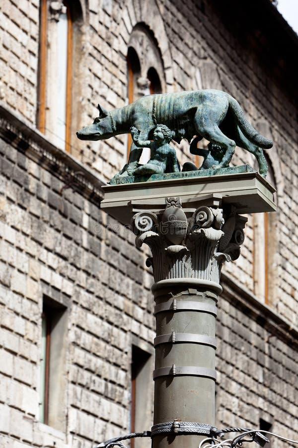 Lupa Capitolina Capitoline狼标志锡耶纳,托斯卡纳,托斯卡纳,意大利,意大利 图库摄影