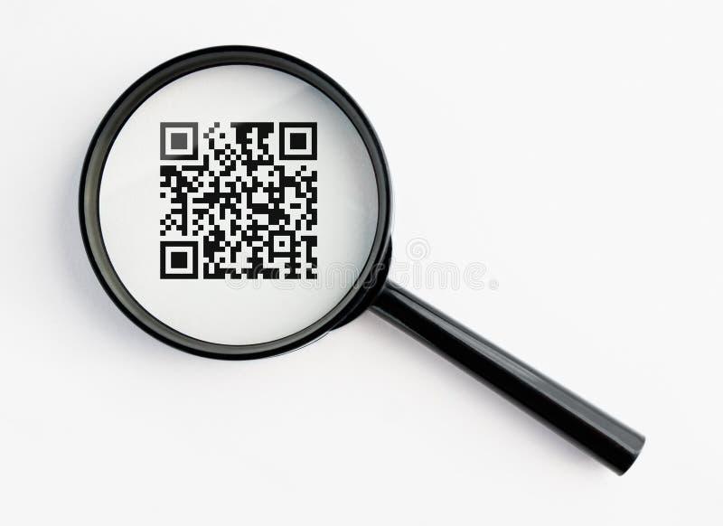 Lupa com qr-código imagem de stock royalty free