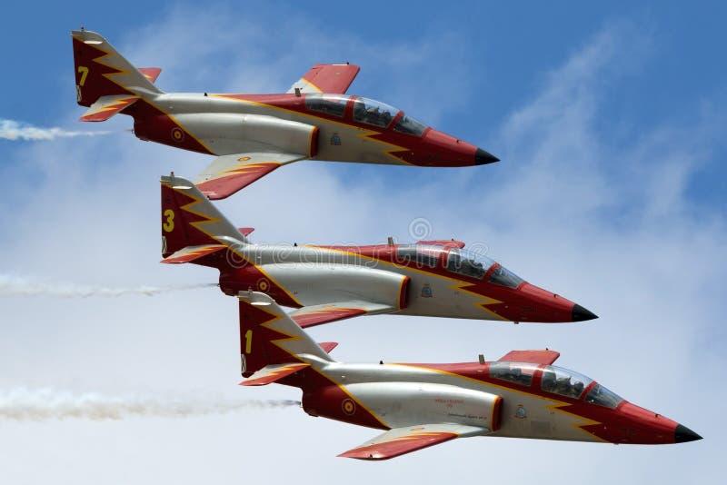 LUQA,马耳他2014年9月27日:西班牙人空军队特技队在马耳他国际Airshow 2014年 库存照片
