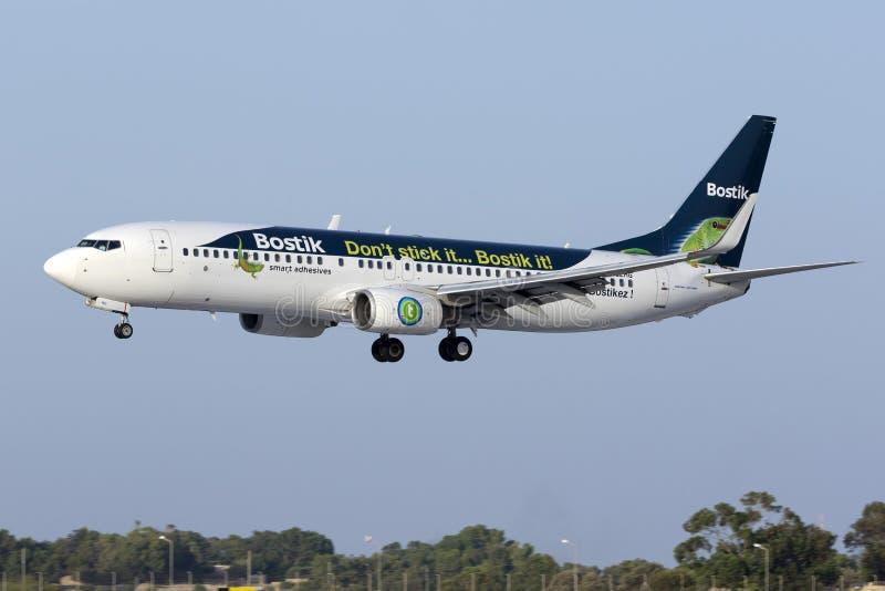 Luqa, el 4 de agosto de 2015: Aterrizaje de Transavia Francia 737 imágenes de archivo libres de regalías