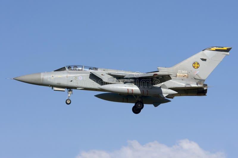 Luqa, Malta 7 November 2008: RAF Tornado-het landen stock afbeelding