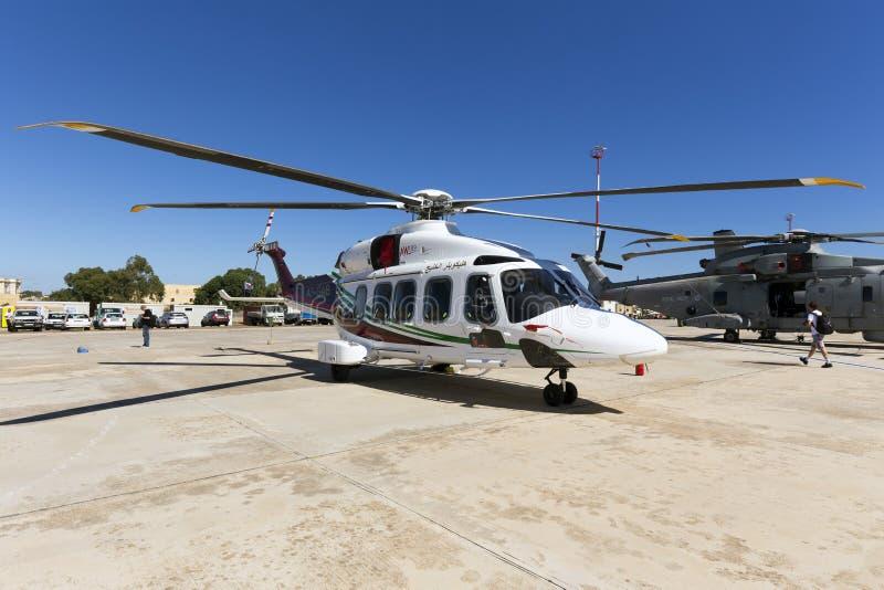 Luqa, Malta - 26 2015 Wrzesień: AW-189 helikopter obrazy stock