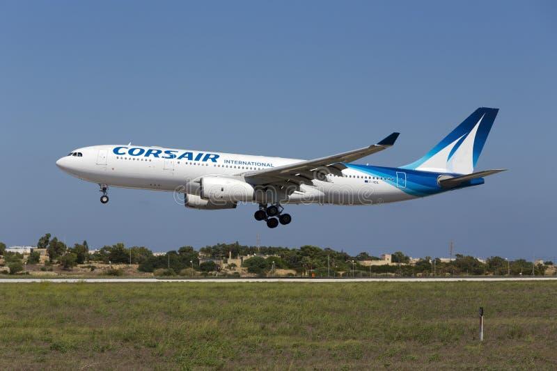 Luqa, Malte - 10 septembre 2015 : Corsaire A330 photos libres de droits