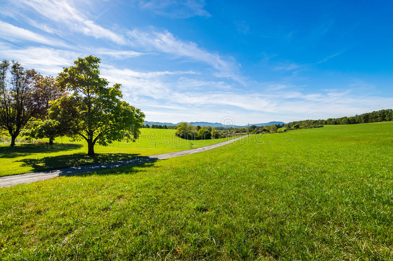 Lush Farmland Roads Flowing Around Raystown Lake, in Pennsylvania stock image