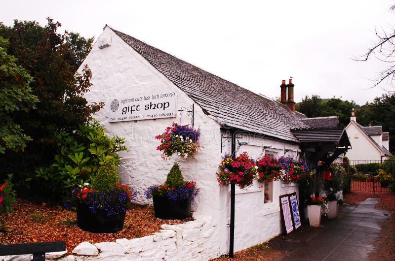 Luss Uma vila em Escócia Loch Lomond próximo imagens de stock royalty free
