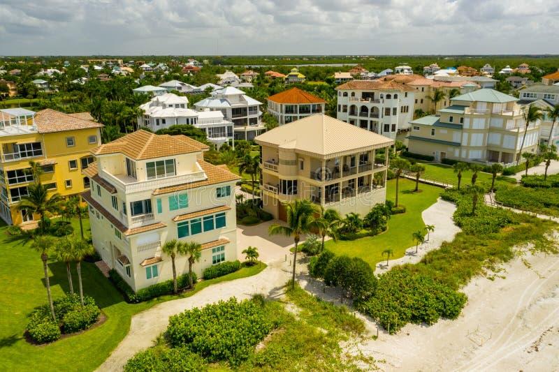 Lusso Reale Barefoot Beach FL USA immagini stock
