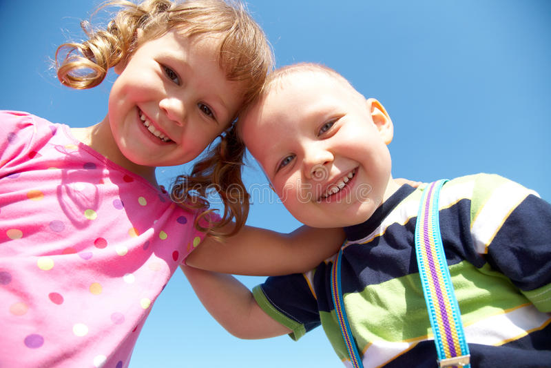 Lustige Kinder lizenzfreie stockfotos