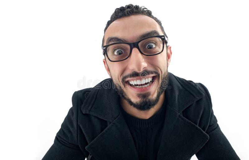 Lustiger Geschäftsmann mit verrücktem Ausdruck lokalisiert lizenzfreies stockfoto