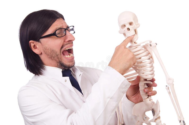 Lustiger Lehrer mit dem Skelett lokalisiert lizenzfreie stockfotografie