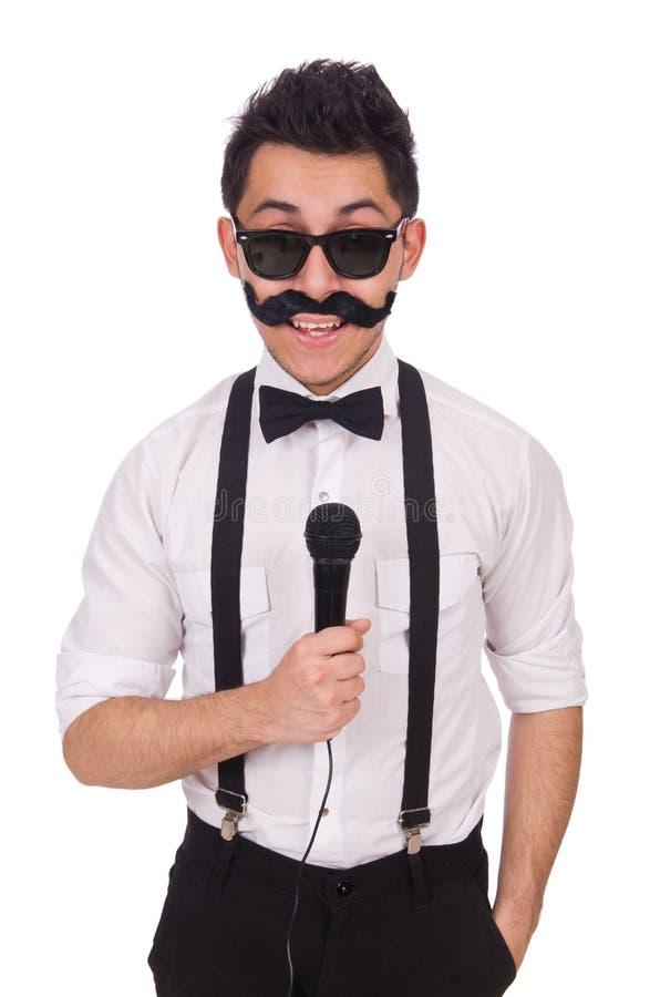 Lustiger Mann mit mic lokalisiert auf Weiß lizenzfreie stockbilder
