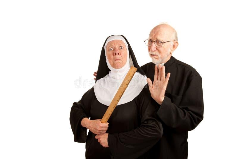 Download Lustiger Priester Und Nonne Stockfoto - Bild von exzentrisch, streng: 12998950
