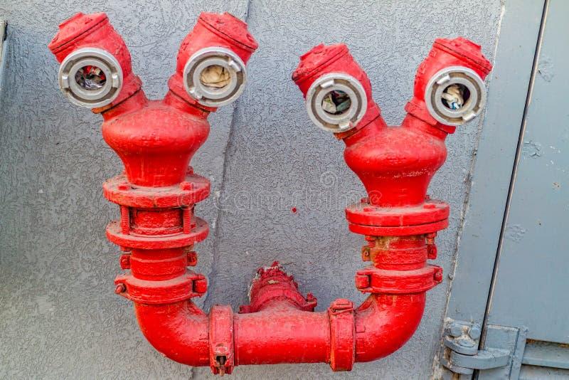 Lustiger roter Hydrant stockbilder