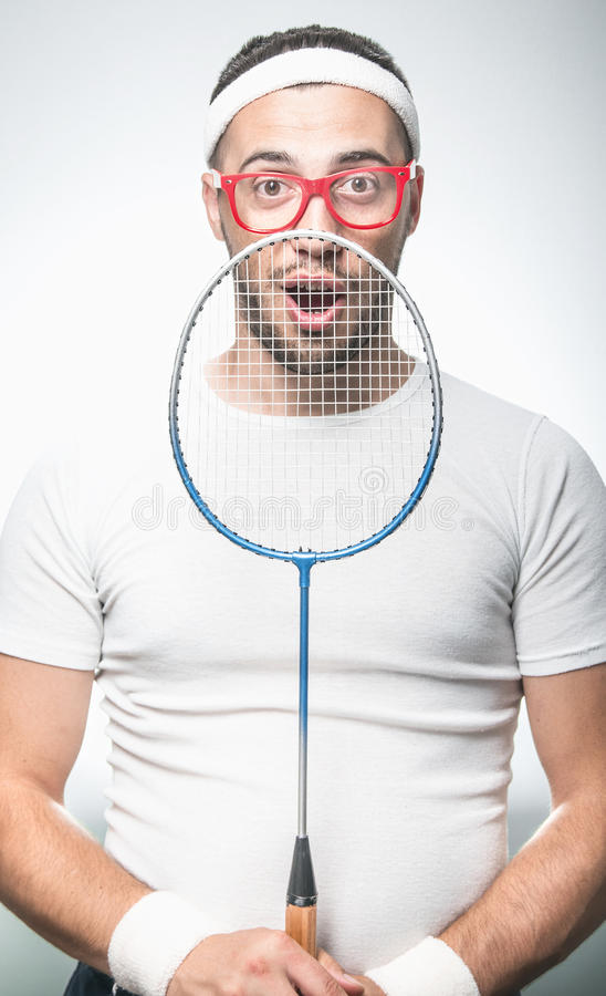 Lustiger Tennis-Spieler lizenzfreie stockbilder