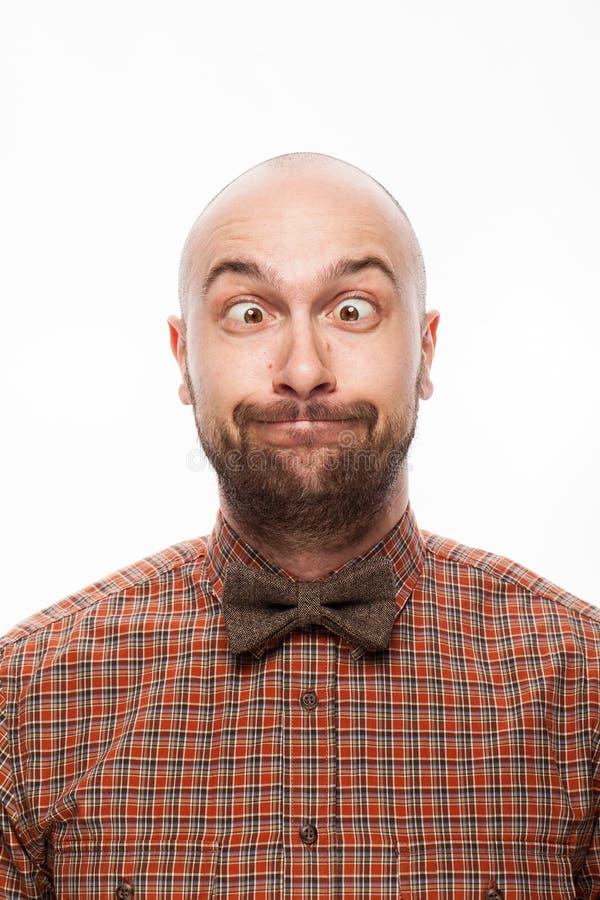 Lustiges Porträt eines Mannes mit Gefühl auf ihrem Gesicht stockfotos