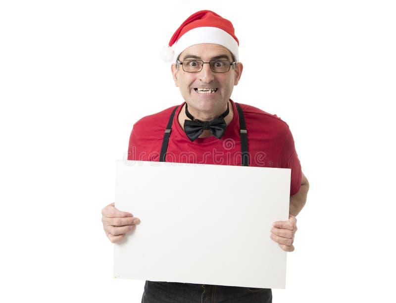 Lustiges 40s zum verrückten Mann der Verkäufe 50s in Santa Christmas-Hut mit BO lizenzfreie stockbilder