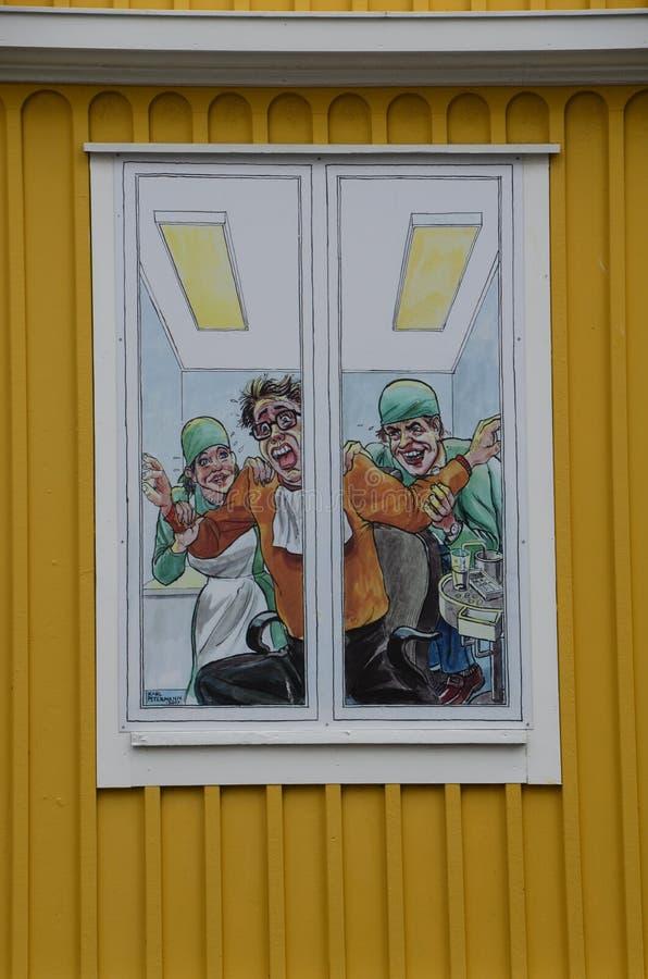 Lustiges Zahnarztfenster in Karlskrona, Schweden stockfotos