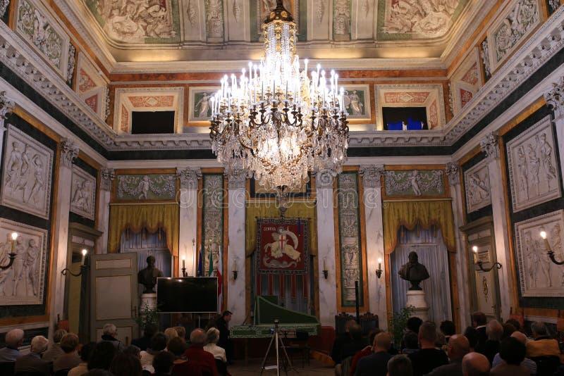 Lustre de pièce de réception de palais de Tursi, Gênes image stock