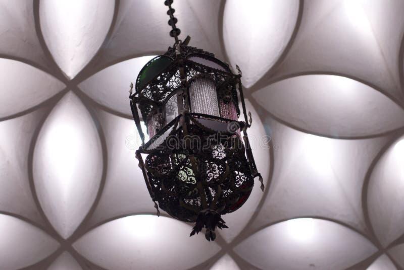 lustre de salle de bains photo stock image du d cellulation 1512240. Black Bedroom Furniture Sets. Home Design Ideas