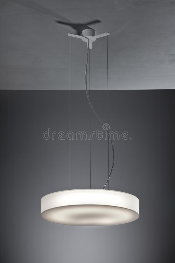 lustre simple de plafond image stock image du contemporain 34104751. Black Bedroom Furniture Sets. Home Design Ideas