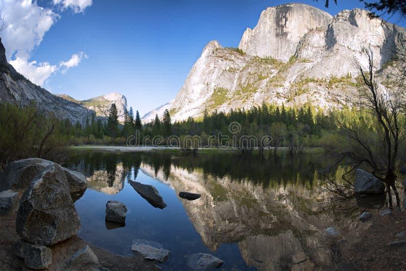 Lustrzany Jeziorny Yosemite fotografia stock