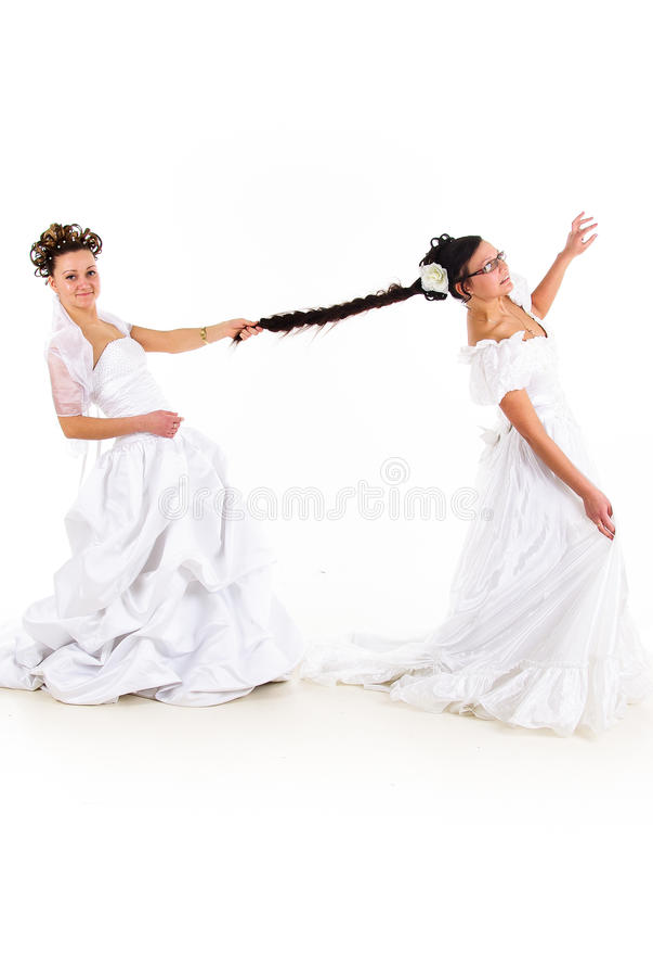 Luta de duas noivas imagens de stock royalty free