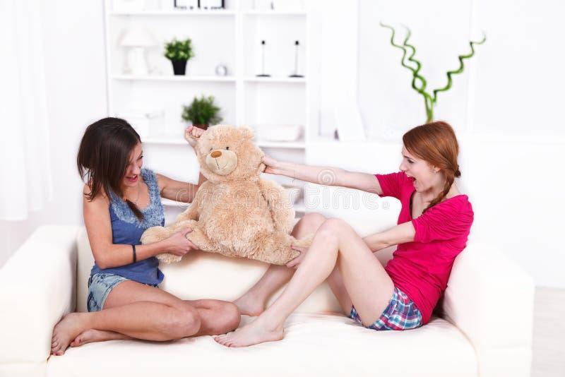 Luta do urso de peluche fotografia de stock