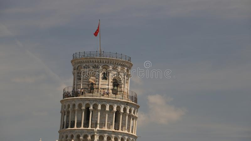 luta pisa torn Cell med klockor Tornet är byggd entir arkivfoto
