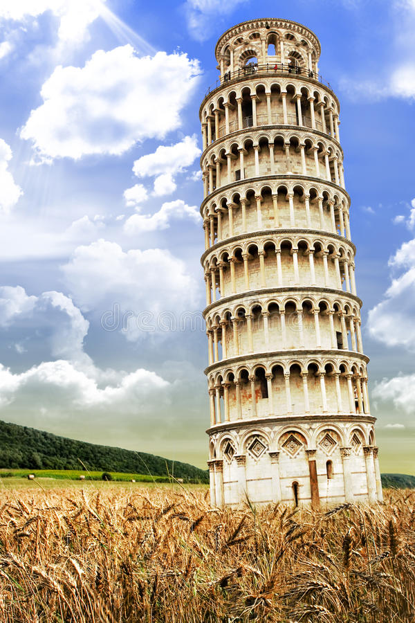 Lutande torn av Pisa i Tuscany, Italien arkivbild