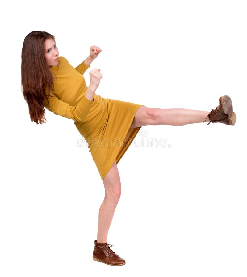 Lutas engraçadas da mulher magro que acenam seus braços e pés foto de stock royalty free