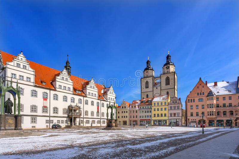 Luther Statue Colorful Market Square Rathaus Lutherstadt Wittenb royalty-vrije stock fotografie