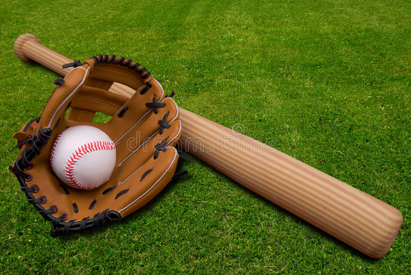 Luva, bastão e esfera de basebol sobre foto de stock