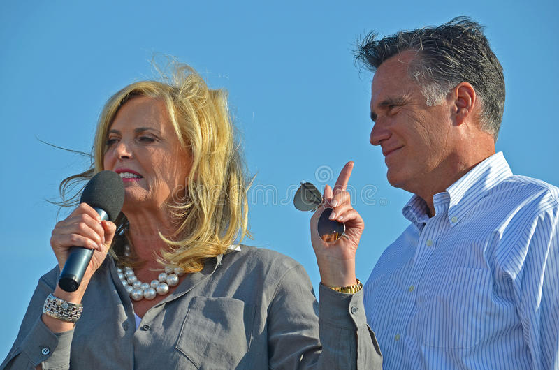 Luva e Ann Romney imagem de stock royalty free