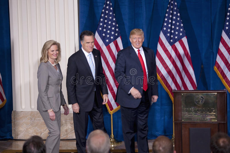 Luva e Ann Romney e Donald Trump imagens de stock
