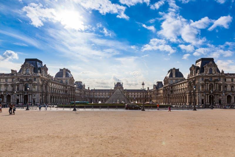 luwr muzeum Paryża fotografia royalty free
